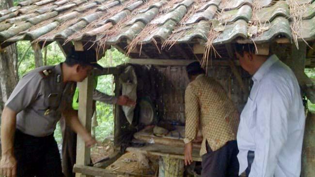 Pamit Cari Rumput,  Kakek di Trenggalek Tewas Terbujur di Gubuk