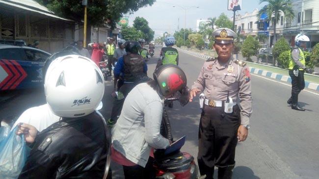 42 Pelanggar Terjaring Razia di Jl Basuki Rahmat Situbondo