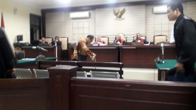 Hanya 5 Menit, Mantan Ketua Pansus PDAU Sidoarjo Dituntut 1,5 Tahun Penjara
