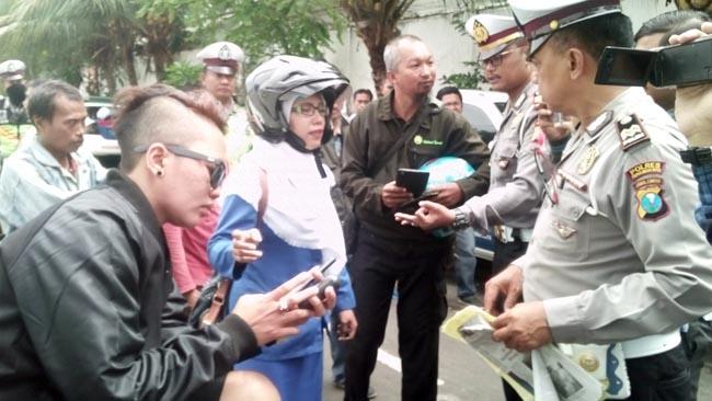 Melawan Polantas dengan Kata Kotor, ABG Putri Tomboi Ditilang dan Diamankan Motornya