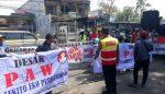 Ratusan Aktifis FMPD Luruk Gedung Dewan Malang