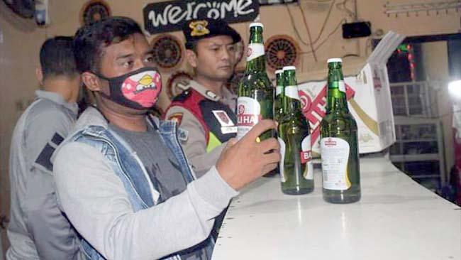 Kota Kediri Darurat Miras, Sehari Pol PP Sita Puluhan Botol