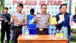 Polisi Temukan Puluhan Liter Arjo Oplosan di Blitar
