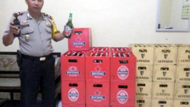 Polsek Karangbinangun Sita 30 Krat dan 586 Botol Miras