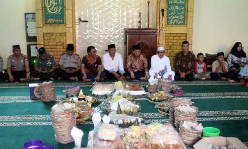 Undangan yang hadir dalam HPN ke-72 Malang Raya. (rhd)