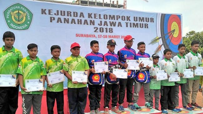 Tim Panahan Beregu Putra Situbondo, Raih Medali Perak di Kejurda Jawa Timur