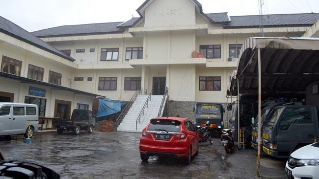 Giliran Mantan Sekda Kota Malang, 2 Kabid dan 9 Rekanan Diperiksa KPK di Polres Batu