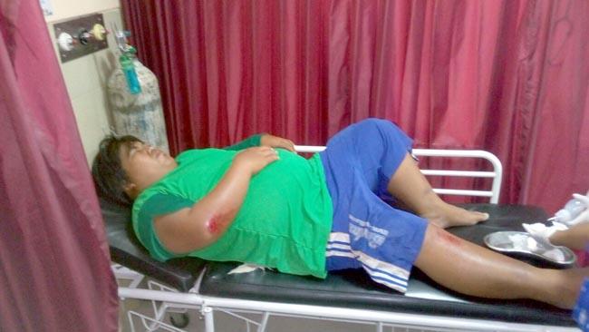 Korban kecelakaan,Budi Santoso saat menjalani perawatan medis di RS.Siti Fatimah,Tulangan (gus)