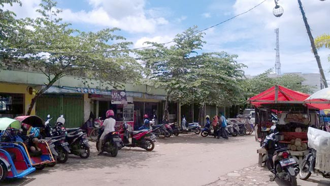 LSM Prodesa Soroti Tarikan di Pasar Pakisaji, Diduga Pungli