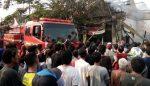 SPBU Mini di Durungbedug Meledak, Hancurkan Bangunan Rumah dan Bengkel