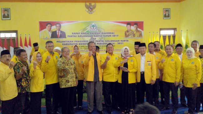 Menunggu Fatwa Politik Ketua DPD Golkar, Gelorakan Solawat Nariah di Rakerda