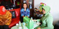 Ketua Persit KCK Cabang XXXII Dampingi Ketua Persit PD V/BRW Anjangsana Ke Warakawuri
