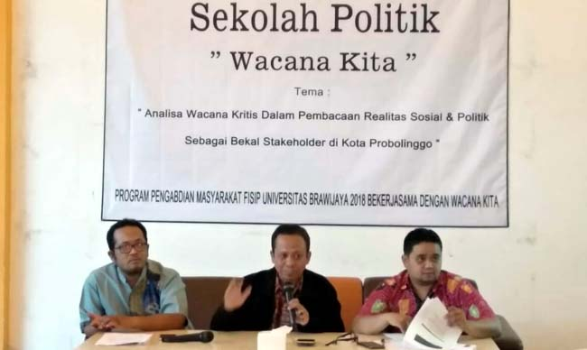 'Wacana Kita' Keluarkan Hasil Survei Pilwali Kota Probolinggo Dalam Bahasan Sekolah Politik