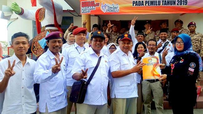 Partai Berdatangan ke KPU Kota Blitar Daftarkan Bacaleg