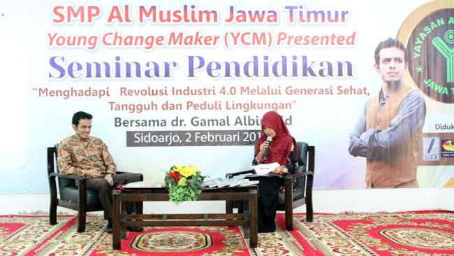 Pelajar SMP Al Muslim Gelar Seminar Pendidikan Hadirkan dr Gamal Albinsaid