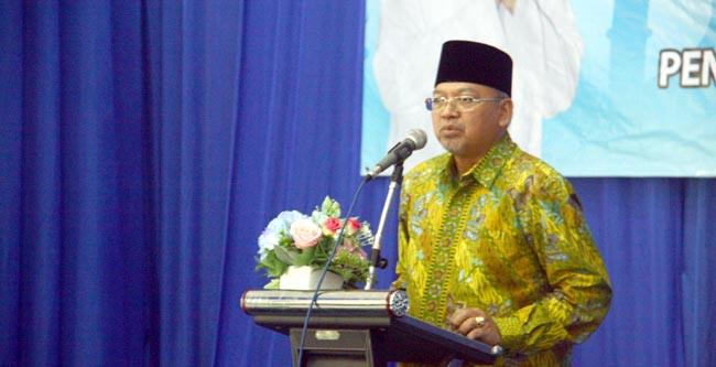 Bupati Malang DR. H Rendra Kresna saat memberi sambutan