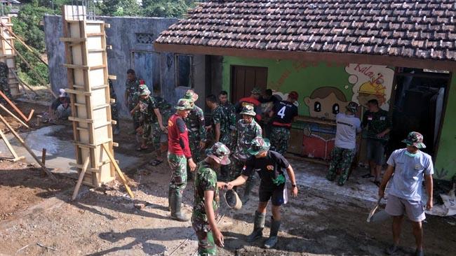 Satgas TMMD Ke – 102 Mojokerto Kebut Pembangunan Balai Desa Jembul
