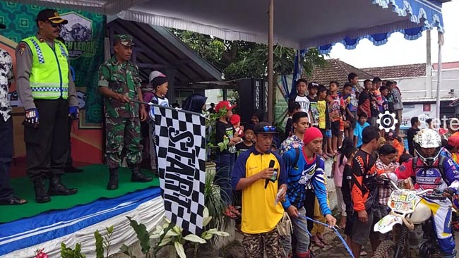 Danramil 0818/26 Singosari Ikut Kibarkan Bendera Start Adventure Trail dan Off Road