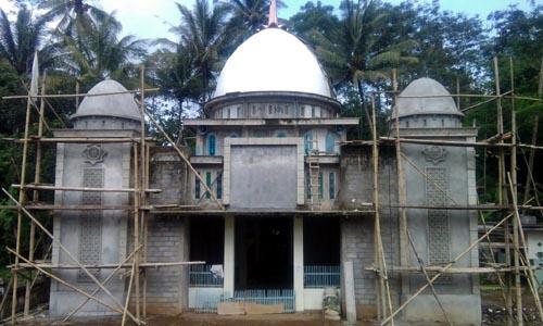 Masjid: Pembangunan Masjid Hidayatul Muttaqin (Sur)