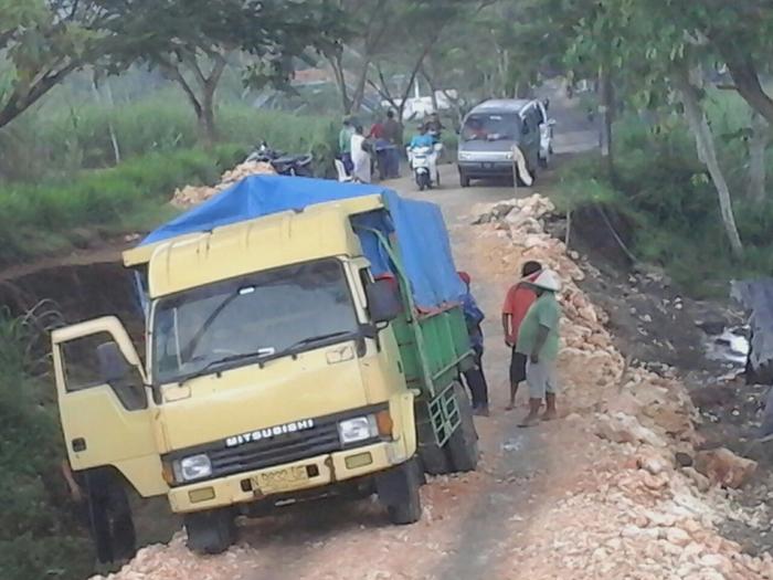 Cangkrukan Sambil Patroli Kamtibmas Bersama Kapolresta & Kasdim 0815