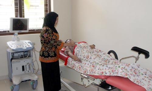 Pelayanan USG kandungan ibu dilengkapi ruangan nyaman dan teknologi canggih. (rhd)
