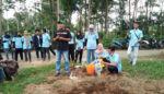 KKN UM Gelar Pelatihan Pembuatan Kompos di Patokpicis Wajak, Bahan Baku Sampah & Tahi Ayam