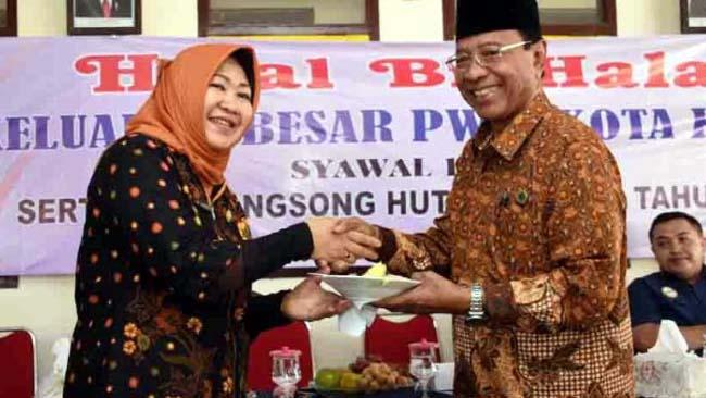 Wawali Kota Kediri Halal Bihalal Bersama PWRI