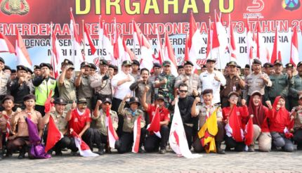 Kapolres Mojokerto Lepas Tim Ekspedisi Merah Putih ke Puncak Gunung Pundak
