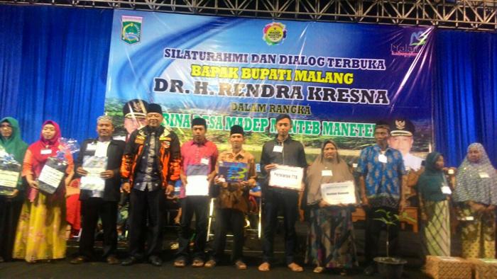 Bupati Gelar Silaturahmi dan Dialog bersama Warga di Tengah Guyuran Hujan