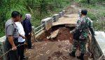 Hujan Semalam Suntuk, Jembatan Baru Dibangun Jebol