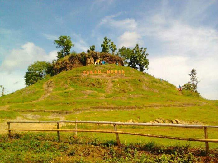 Kades Kayumas Bersyukur, Berharap Pemkab Situbondo Segera Garap Destinasi Wisata di Desanya