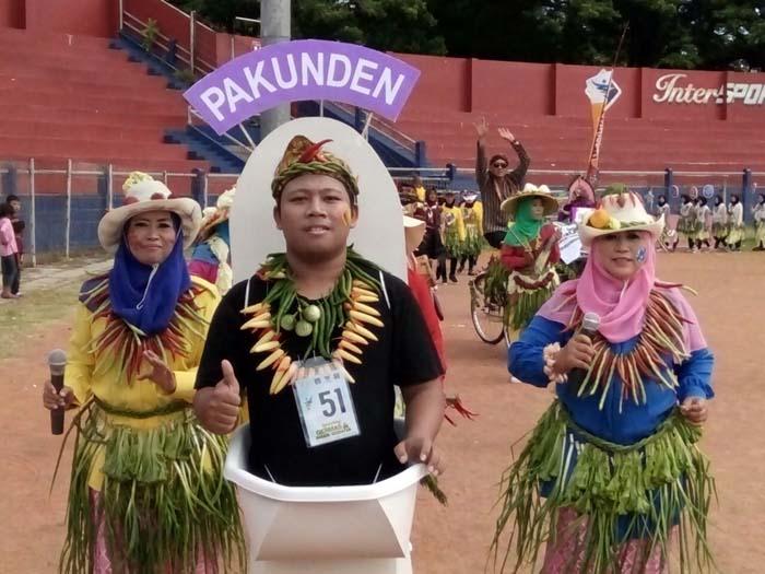 Launching Germas Ditandai Parade Pakaian Buah dan Sayur